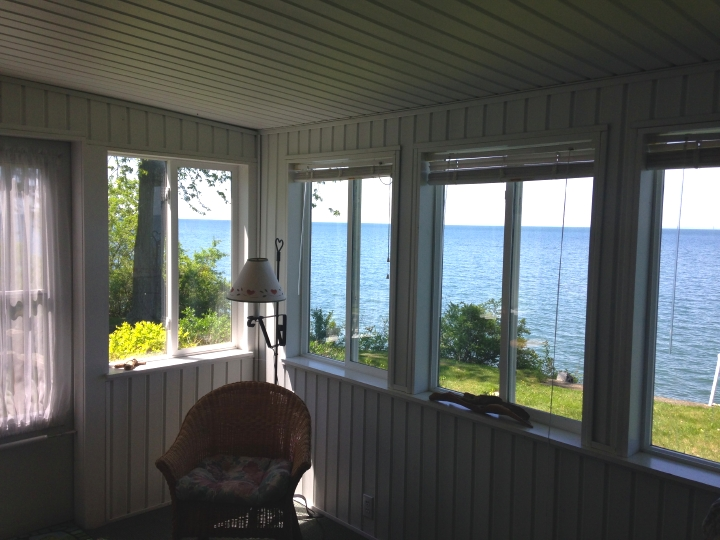 Summer Rental Cottage On Lake Ontario At Daisy Barn